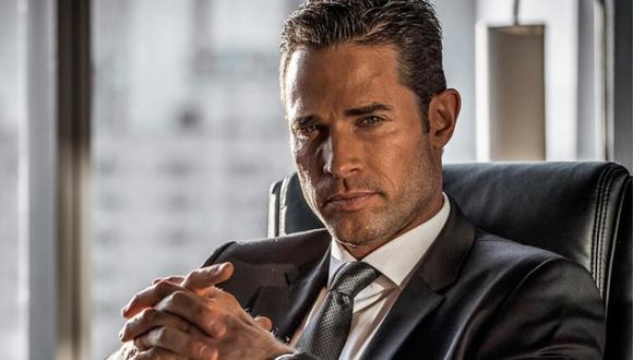 """Sebastián Rulli se ha convertido en el actor del momento por dar vida a Miguel en la serie """"El Dragón"""" (Foto: Instagram)"""