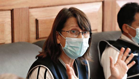 """""""Quiero recordar que el virus mata, pero recuerda que el hambre y desesperación también nos mata"""", señaló la ministra de Salud, Pilar Mazzetti. (Foto: GEC)"""