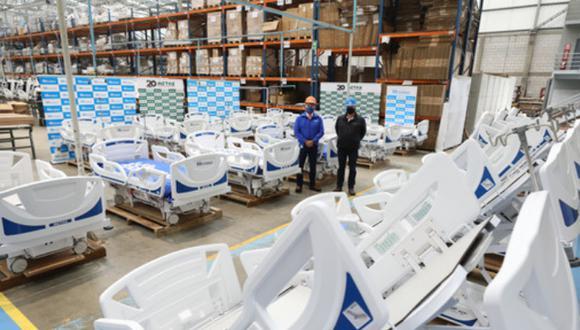 Son camas multipropósito maniobrables de última tecnología que permite monitorear el peso del paciente y adaptar diferentes posiciones para los procedimientos médicos. Foto: EsSalud