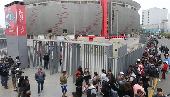Minsa aprobó el 20% de aforo en partidos de la selección peruana que se disputen en el Estadio Nacional. Foto: Andina