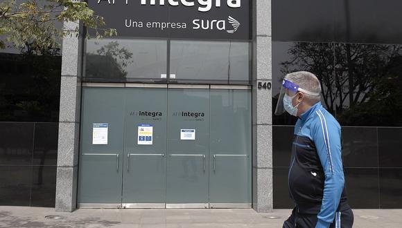 Los diversos fondos de pensiones en Perú ya empiezan a desembolsar el dinero de sus aportantes, revisa cómo va tu solicitud de retiro.
