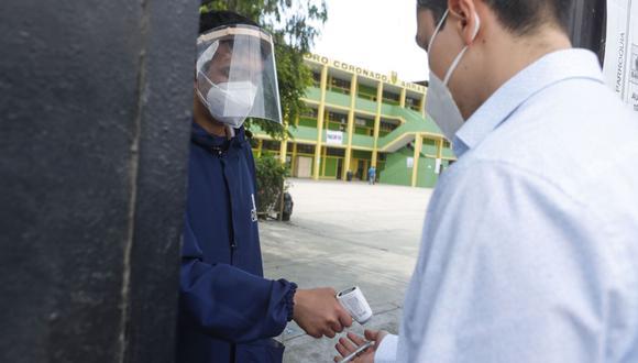 Debido a la pandemia del COVID 19, la ONPE ha reducido su aforo al 50%. Foto: Andina