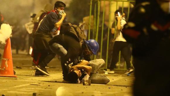 Minsa reporta 94 heridos tras protestas contra régimen de Manuel Merino, de las cuales 63 permanecen internados en nosocomios. (Alessandro Currarino/@photo.gec)