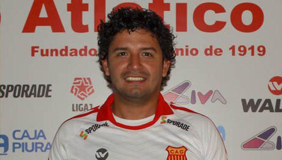 Reimond Manco fue anunciado como nuevo jugador de Atlético Grau de Piura. (Foto: Twitter)
