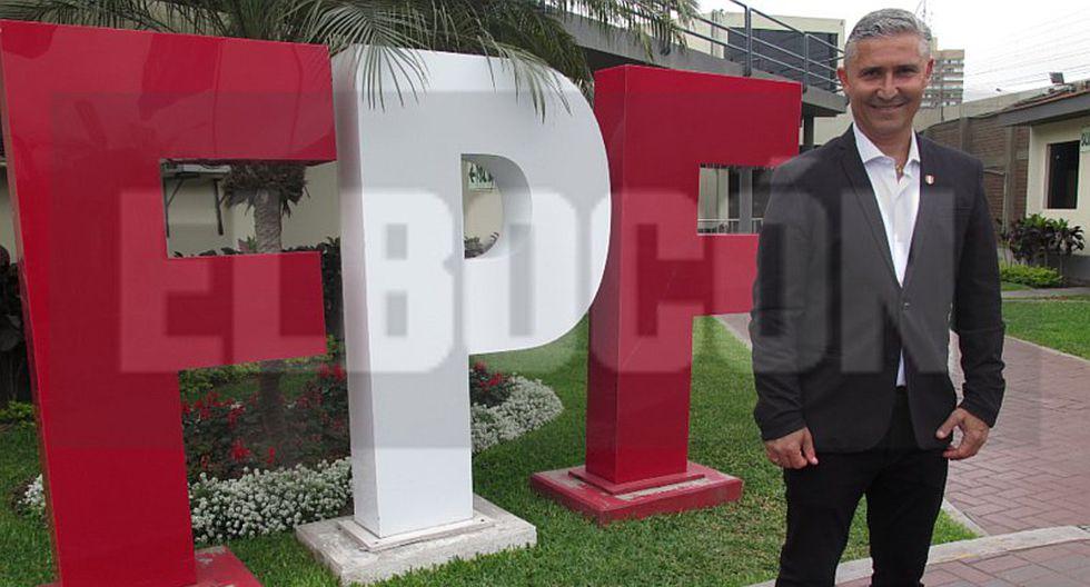 Conoce a Doriva Bueno, nuevo técnico de la Selección Peruana de fútbol femenino