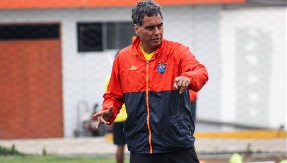 El periodista aseguró que el entrenador de César Vallejo es fanático del cuadro blanquiazul.