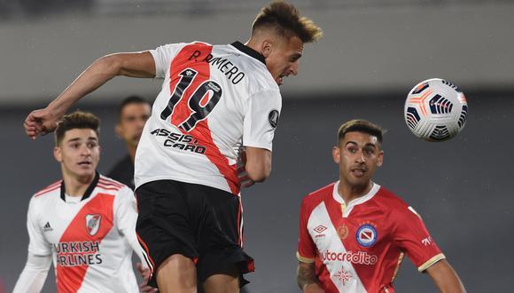 River Plate empató 1-1 con Argentinos Juniors en el Estadio Monumental. Los goles fueron de Suárez y Hauche respectivamente.