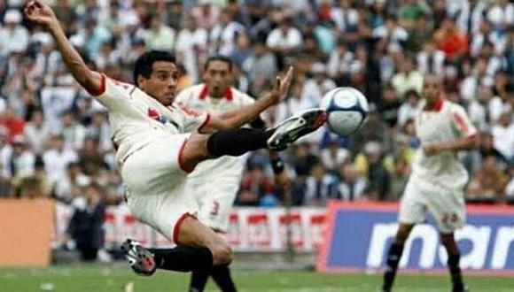 Piero Alva espera que Universitario de Deportes pueda quitarse la presión del descenso.
