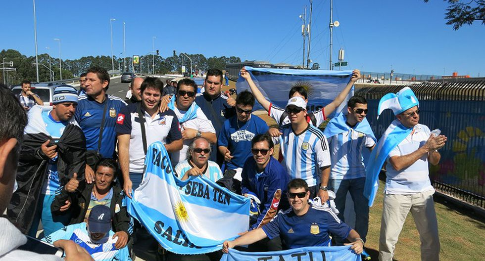 Mundial Brasil 2014: Hinchas argentinos arman la fiesta en Arena Corinthians [FOTOS]