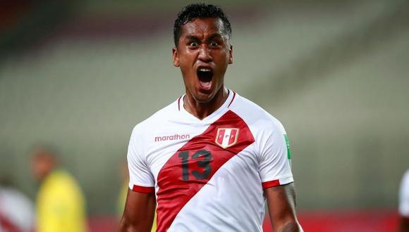 Renato Tapia ya es uno de los referentes de la selección peruana (Foto: AP)