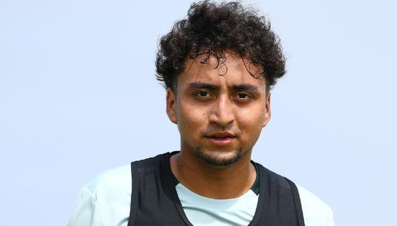 Christian Flores es un juvenil de Universitario categoría 2001. (Universitario)