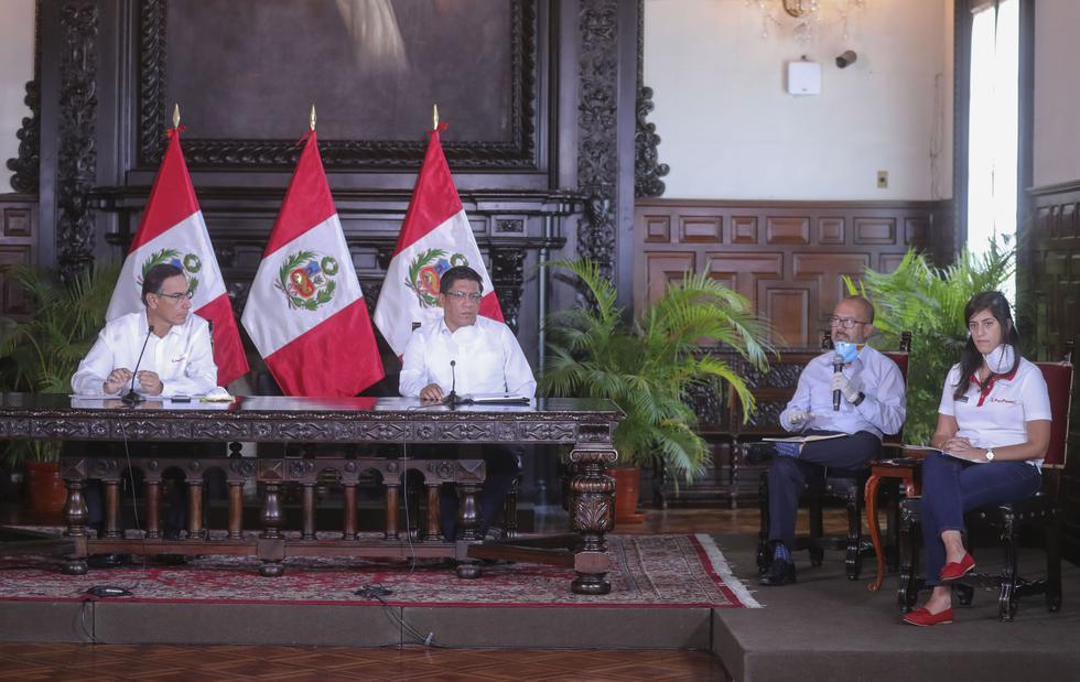 Martín Vizcarra, Vicente Zeballos, Víctor Zamora, María Antonieta Alva. (Foto: Presidencia)
