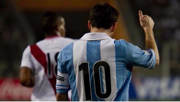 Liga española ensaya posible dupla entre Messi y este ídolo peruano [FOTO]
