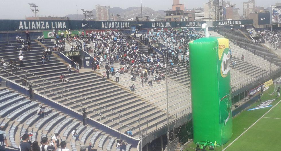 Policía actuó rápido para evitar posibles disturbios (foto: @aldasantacruz)