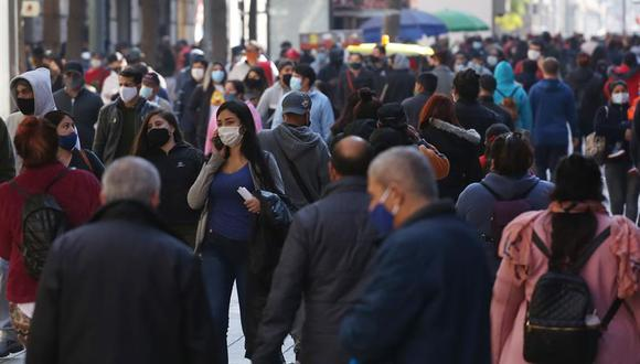 Del total de pruebas, se detectaron 1.942 contagios nuevos, lo que eleva a 397.665 la cifra total de infectados desde principios de marzo y a 15.634 el número de casos actualmente activos. (Foto: EFE)
