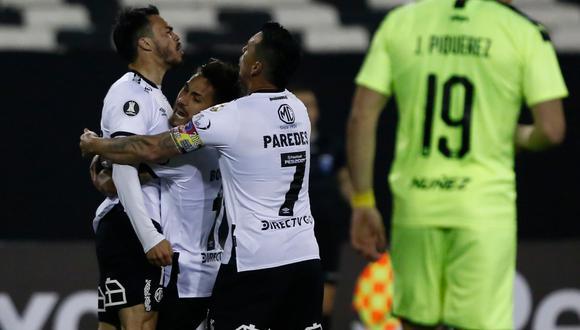 Colo Colo vs Peñarol será televisado por la señal internacional. Conoce aquí cómo y dónde ver el partidazo a jugarse desde las 19:15 horas de Chile y Argentina | Foto: AFP