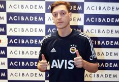 Mesut Özil fichó por Fenerbahce tras desvincularse de Arsenal