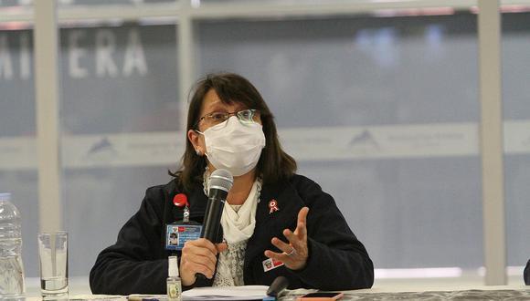Pilar Mazzetti señaló que el Ejecutivo busca determinar cifra de fallecidos por COVID-19 con evaluaciones constantes.