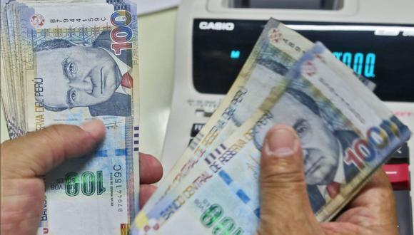 Además de poder invertir en salud y en educación, quienes retiren el 100% de su CTS podrán destinar su dinero a otras alternativas de inversión (Foto: Andina).